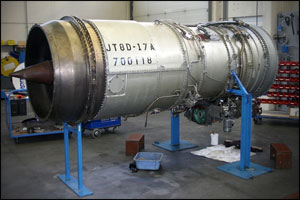 Jet engine maintenance